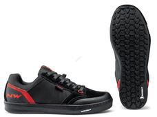 NORTHWAVE Cipő NW FLAT TRIBE 45 fekete/piros taposó pedálhoz 80193038-15-45