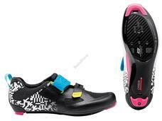 NORTHWAVE Cipő NW TRIAT. TRIBUTE 2 CARBON 45 fehér/fekete/színes 80204020-53-45