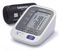 OMRON M6 Automata felkaros vérnyomásmérő